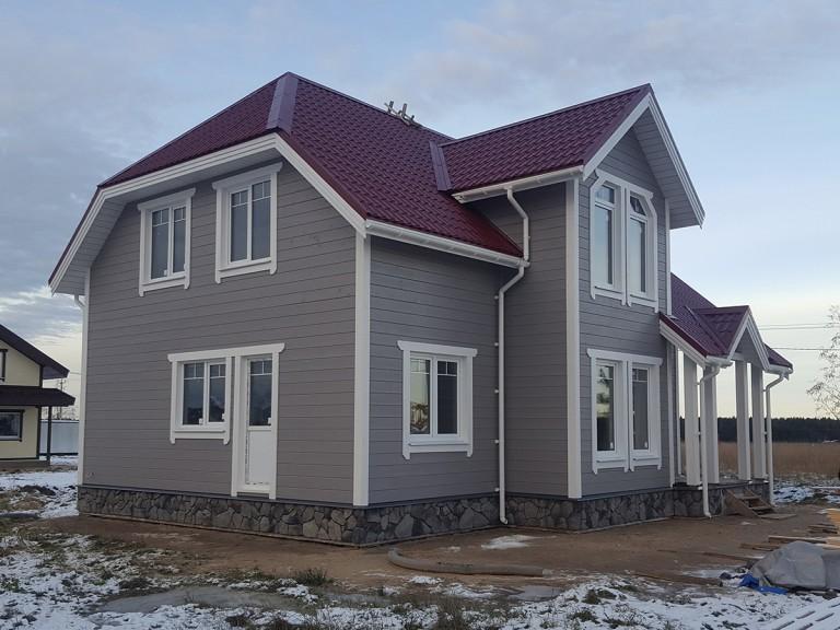 Загородный каркасный дом в поселке Прилесный