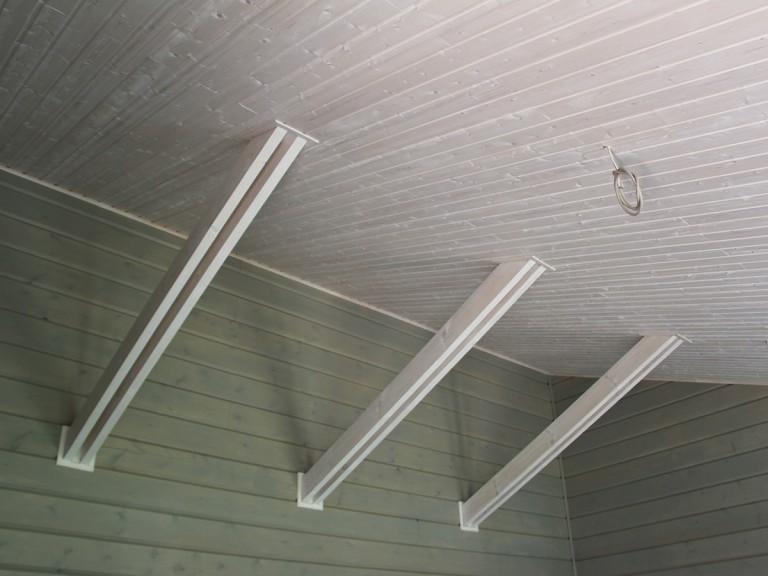 Потолок шале